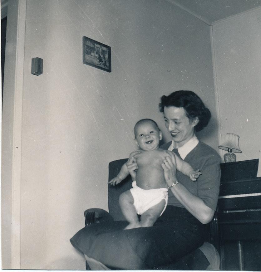 A Comment on me Mum – Mrs Jeannette A Jones